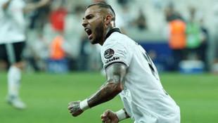 Beşiktaş'tan ayrılan Quaresma Süper Lig'te kaldı !