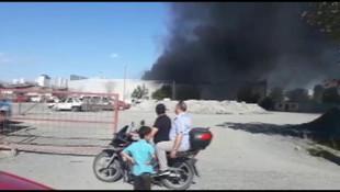 Sefaköy'de depo yangını