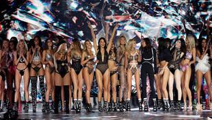 Victoria's Secret güzellerinden ''taciz'' ayaklanması !