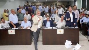 Belediye Meclisi'nde AK Parti ve MHP'den tartışılan ''hayır''