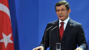 ''Ahmet Davutoğlu para arıyor''