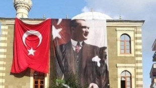 Müftünün ''Atatürk resmini kaldırma girişimi'' başarısız oldu