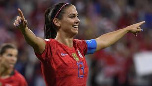 Dünyaca ünlü kadın futbolcudan Ronaldo'ya taciz suçlaması