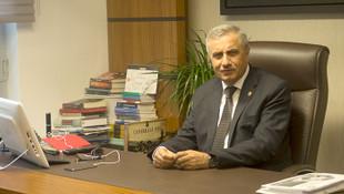 AK Parti'nin Öcalan kriteri: Eleştirmek ihraç nedeni !