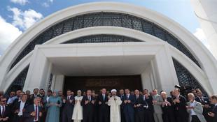 Diyanet, Türkiye'nin dev holdinglerini geçti