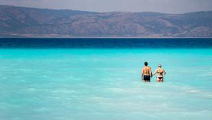 Salda Gölü turizm merkezi statüsünden çıkarıldı  Kaynak Yeniçağ: Salda Gölü