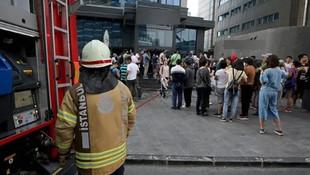 Bayrampaşa'da otelde yangın