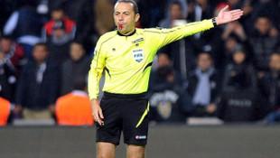 Cüneyt Çakır Chelsea - Valencia maçını yönetecek