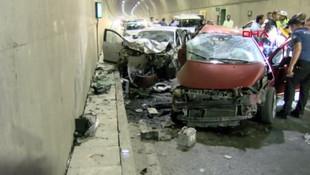 TEM bağlantı yolunda feci kaza: 2 ölü, 1 yaralı !