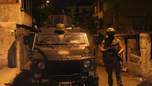 İstanbul'da şafak baskını! 35 adres didik didik arandı