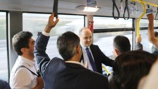 İmamoğlu talimat verdi; İETT'nin müdürleri metrobüse bindi