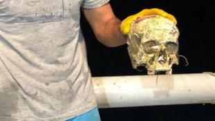 Balıkçıların ağına insan kafatas takıldı