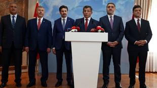 Davutoğlu Meclis'te grup kuracak mı