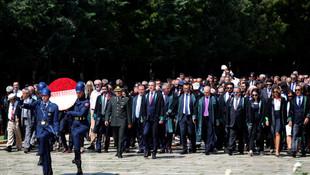 Ankara Barosu Anıtkabir'e gitti