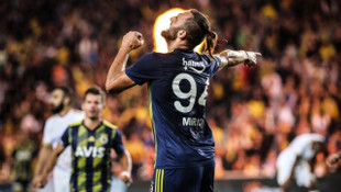 Fenerbahçe'ye Vedat Muriqi kurtardı!