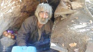 40 yıldır mağarada yaşıyordu... Kulübeye taşındı