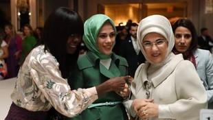 Emine Erdoğan ABD'de defileye katıldı