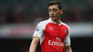 Arsenal, Mesut Özil'i para verip kiralık gönderecek