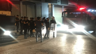 İzmir'de cinayet sonrası tehlikeli gerilim ! Çevik kuvvet ve TOMA nöbet tuttu