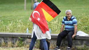 Türkiye'den Almanya'ya büyük kaçış: 1 ayda bin 306 kişi