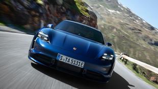 2020 Porsche Taycan örtüsünü kaldırdı