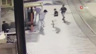 İTÜ mezunu gencin Taksim'de bıçaklandığı anların yeni görüntüleri