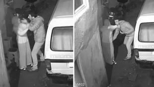 Sapık kamerada ! Takip ettiği kadını evinin önünde taciz etti