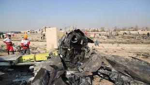 Ukrayna uçağının İran'da vurulduğu an