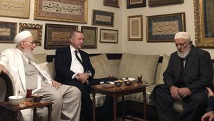 Erdoğan'dan İsmailağa cemaatine sürpriz ziyaret
