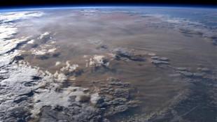 Yangın felaketi uzaydan böyle görüntülendi !