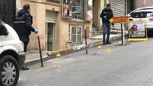 İstanbul'da HDP binası önünde silah sesleri