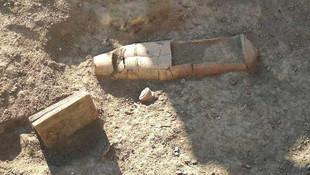 Tarsus'ta tarihi ''torpido'' mezar bulundu