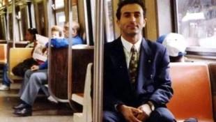 Bakan Çavuşoğlu öğrencilik yıllarına ait fotoğrafını paylaştı