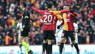 Galatasaray'da Emre Akbaba, Seri ve Sarachi'nin açıklamaları