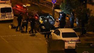 İzmir'de dehşet gecesi ! Tesadüfen yoldan geçen iki kişi öldürüldü