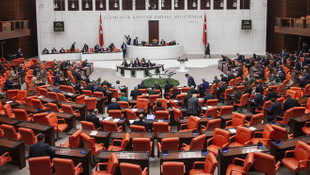 Libya tezkeresi Meclis'te kabul edildi!