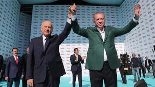 AK Parti'den MHP'li isimlere transfer teklifi!