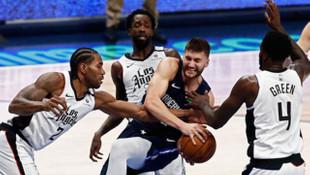 NBA'de Los Angeles Clippers, Dallas Mavericks'i deplasmanda yendi