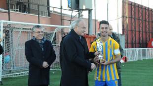 İlhan Cavcav anısına düzenlenen İlhan Ağabey Futbol Turnuvası sona erdi