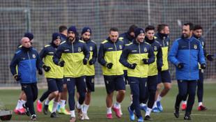 Fenerbahçe, Başakşehir maçı hazırlıklarını sürdürdü