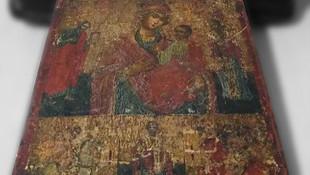 Mersin'de Hz. İsa ve Hz. Meryem figürlü tablo ele geçirildi