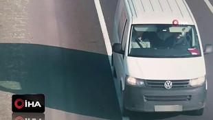 İşte FETÖ üyelerinin seyir halinde toplantı yaptıkları o minibüsler