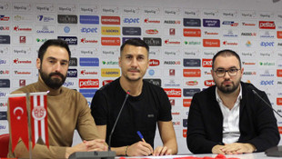Antalyaspor'da Jahovic imzaladı