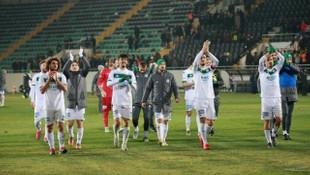 Bursaspor'da hedef Erzurum maçına kadar kayıpsız gitmek