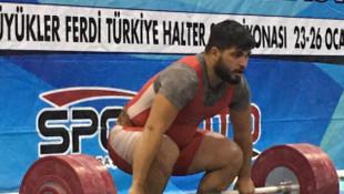 Denizlili halterci 3 rekorla Türkiye şampiyonu oldu