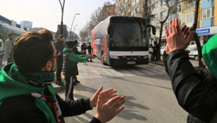 Uşakspor'dan misafir takıma tarhana ikramı