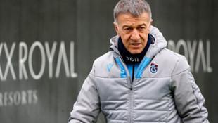 Ahmet Ağaoğlu: Nefesimiz tükenene dek takımımızı desteklemek boynumuzun borcudur