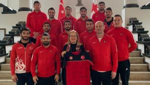 Judo Milli Takımı, Tiflis Büyükelçisi Fatma Ceren Yazgan'ı ziyaret etti