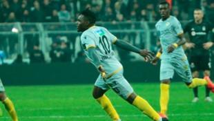 BtcTurk Yeni Malatyaspor, Thievy Bifouma ile sözleşme uzattı