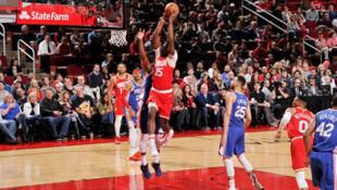 Houston Rockets ve Los Angeles Lakers, rakiplerini yıldızlarıyla yendi